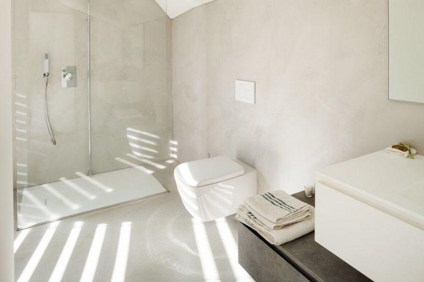 Badezimmer gestalten Fugenlos Maler Rosenheim