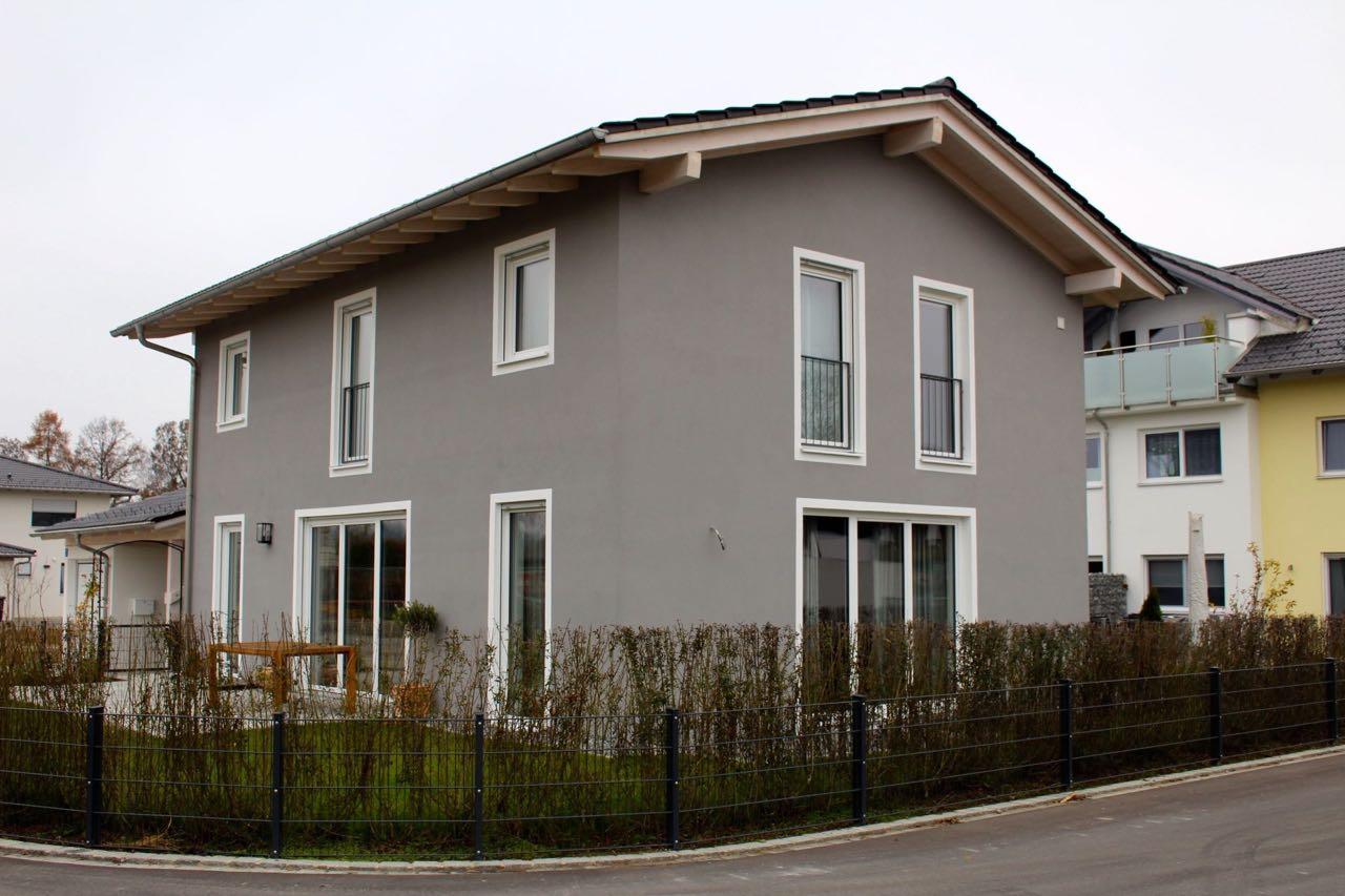 Fassade Einfamilienhaus Maler Rosenheim 1280x853px Farbconcept